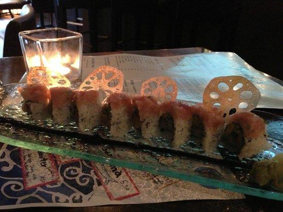 Shuraku Sake Bar & Bistro : Roulette Roll