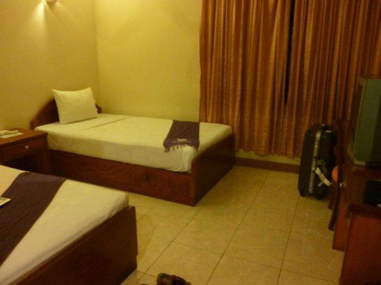 Mito Hotel : 1人でもベッドは2つ