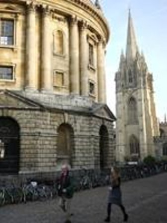 Oxford on Foot - Private Tours