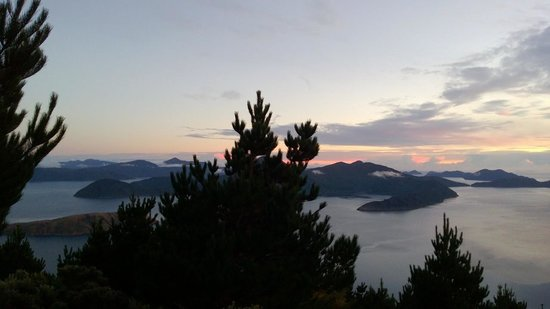 Homewood Bay Lodge: Peak view
