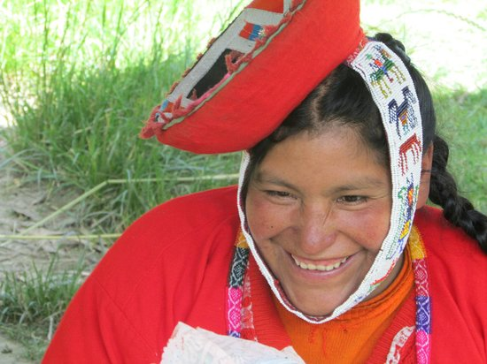 Awamaki: warm smile from one of the women