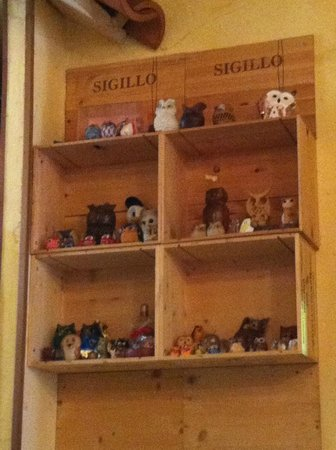 RISTORANTE CIVETTA : Civetta's Owl Collection