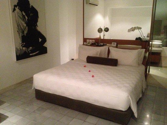 Uma Sapna: bedroom side