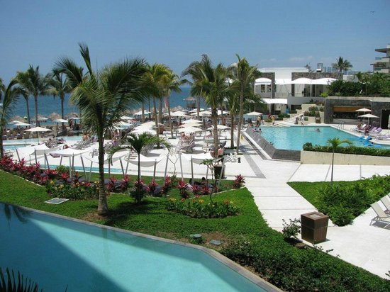 Secrets Vallarta Bay Resort & Spa: View from 2nd floor - Room 1220 Preferred Club