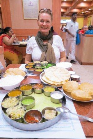 Saravana Bhavan: me and my thali - love at first sight