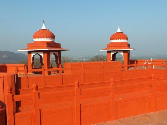 Castle Jhoomar Baori: Terrace