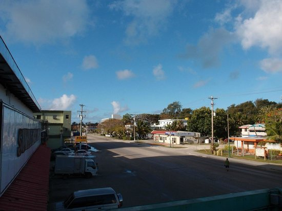 Saipan Ocean View Hotel: 空が青い