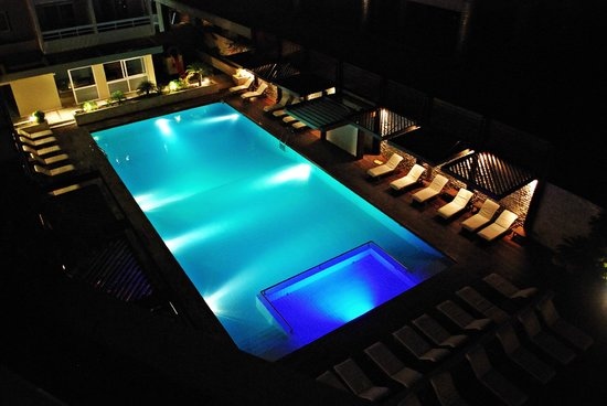 Athineon Hotel: View from the poolside balcony