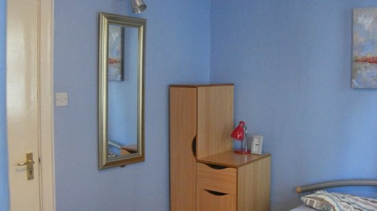 Portrush Holiday Hostel: bedroom double2