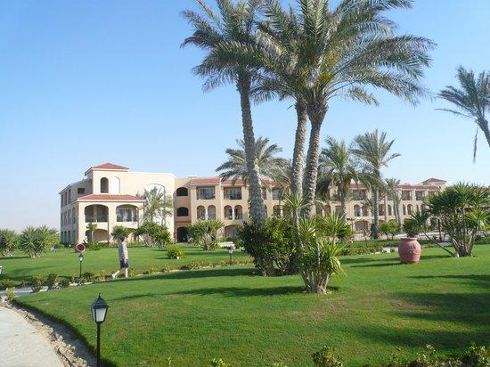 Jaz Almaza Beach Resort: hotel