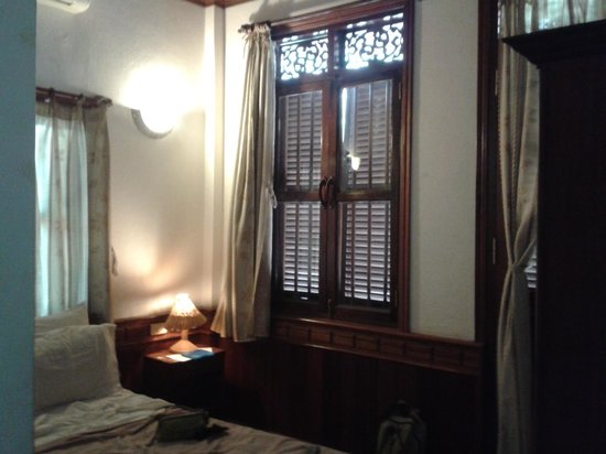 Phousi Guesthouse: Room