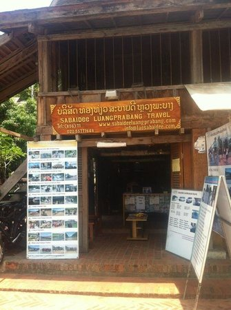 Sabaidee Luang Prabang Travel Day Tours: Sabaidee Luang Prabang Shop