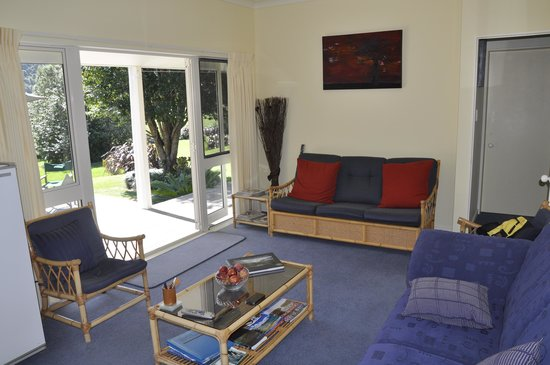 Copsefield Bed and Breakfast: Guest sitting room