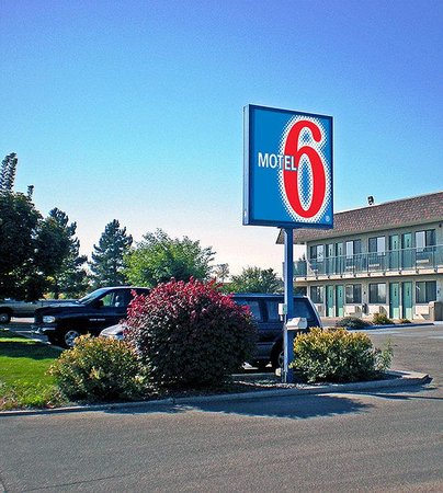 Motel 6 Ontario OR: Exterior