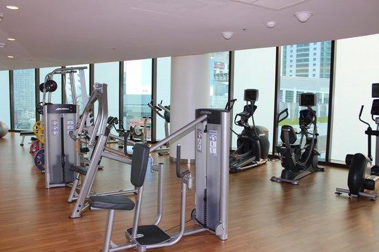 Novotel Bangkok Platinum Pratunam: Gym