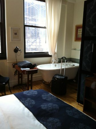 The NoMad Hotel: Cute Bath in room