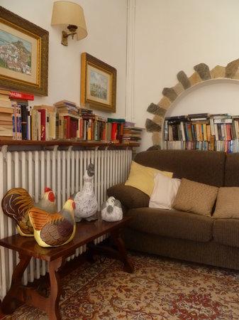 Hostal Sa Barraca : Rincón de lectura