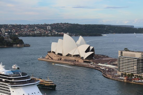 Four Seasons Hotel Sydney: Opera House; View from Room