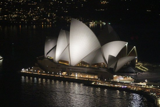 Four Seasons Hotel Sydney: Opera House; View from Room.