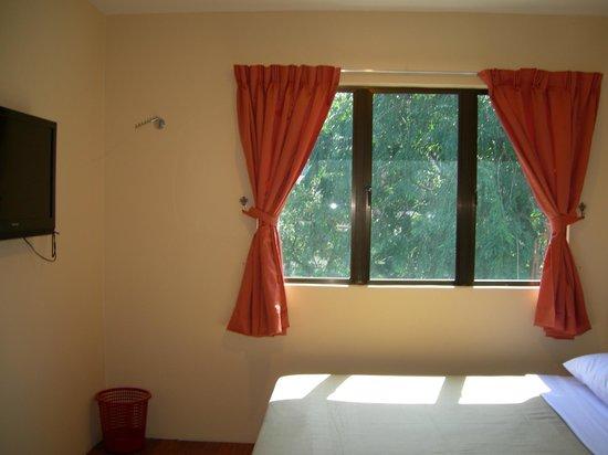 Hotel Surya : Family Room