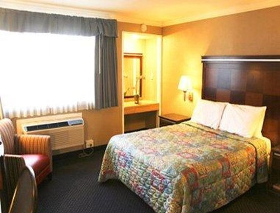 Americas Best Value Inn - San Mateo / San Francisco: Guest Room