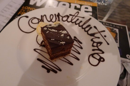 The Athenaeum Hotel & Residences: Complimentary cake from Hotel