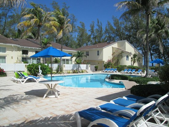 Sunrise Beach Clubs and Villas : La piscina grande e ville