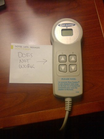 Radisson Hotel Toronto East: A note I left beside the sleep number control every morning.