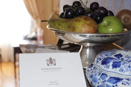 InterContinental Amstel Amsterdam: Ambassador fruit bowl