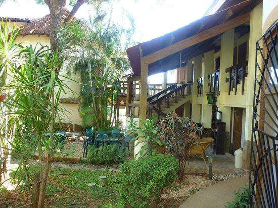 Hotel Mamiri: Garden