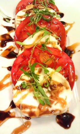 Little Hawaiian Seafood Grill & TIKI Lounge: Local Farm