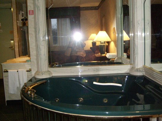 Salvatore's Garden Place Hotel, an Ascend Hotel Collection Member: Jacuzzi