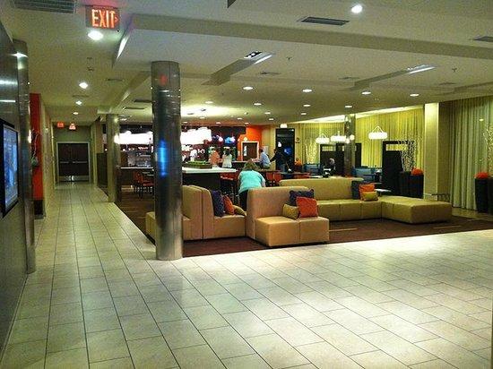 Courtyard Lexington Keeneland/Airport: The lobby