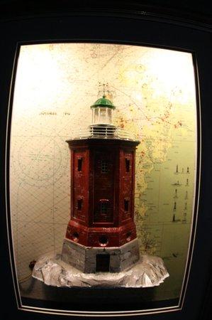 Maritime Centre Vellamo: Эскпонат из раздела выствки маяков.