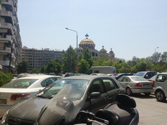 Hotel Queen Olga : Great area