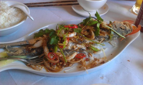 Mien Tay: sea bream with lemon grass and chilli