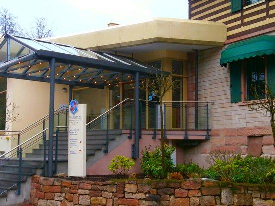 Villa Marburg im Park: Eingang