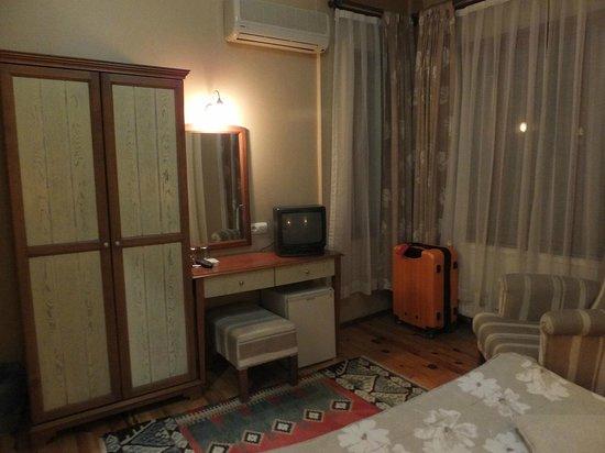 Hotel Fehmi Bey: 宿泊した部屋1