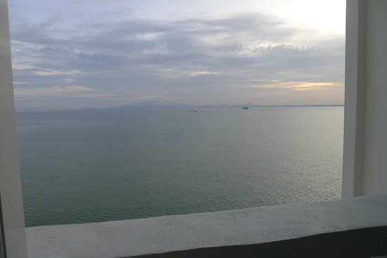 Eastern & Oriental Hotel: sea view from the balcony