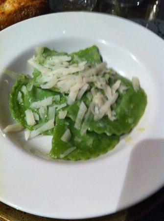 Opera Gastroclub: raviolis de espinacas y queso