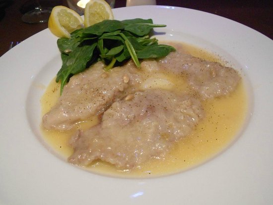 Novecento: veal with lemon sauce