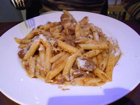 Novecento: pasta with beef fillets!
