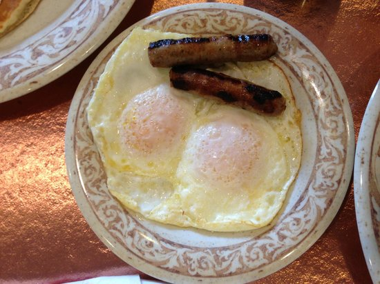 Another Broken Egg Cafe: sausage and eggs