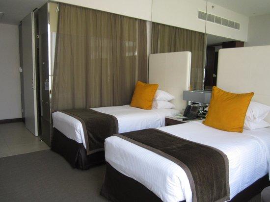 Centro Yas Island Abu Dhabi by Rotana : Room 480 - double bedroom