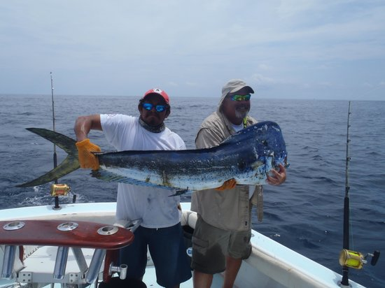 JP Sport Fishing Tours: Charlie and El Chita with big Dorado