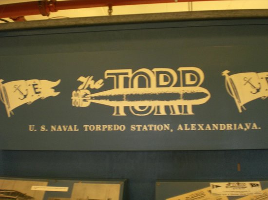 Old Town Waterfront: Signage - Torpedo Factory Art Center