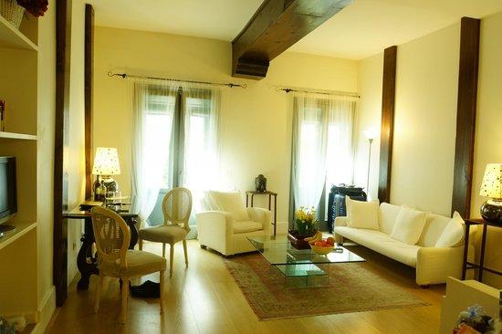 Milanosuites: living room