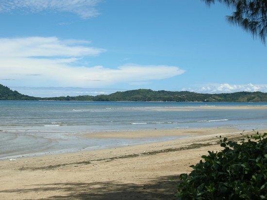 Hôtel Aladabo : plage vue du restaurant