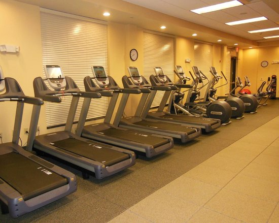 Embassy Suites by Hilton Fayetteville/Fort Bragg: Fitness Center