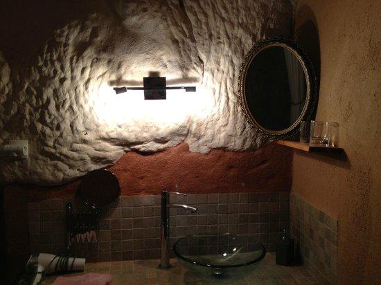 Troglododo : Bathroom